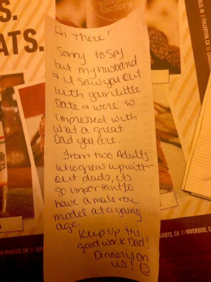 Single Dad Took Daughter Out For Dinner, Gets Note From Strangers