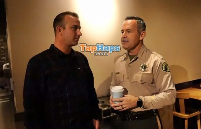 Starbucks Workers Laugh Refuse Officers Service Corporate Reply Draws Outrage