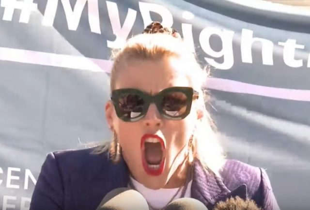 Busy Philipps Actress Screams About How Great Life Is Because She Had An Abortion