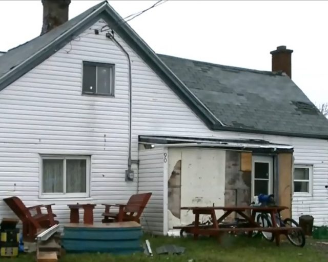 Jeanette MacDonald Elderly Woman In Dire Need Of Roof Repairs Gets Tricked By Contractor